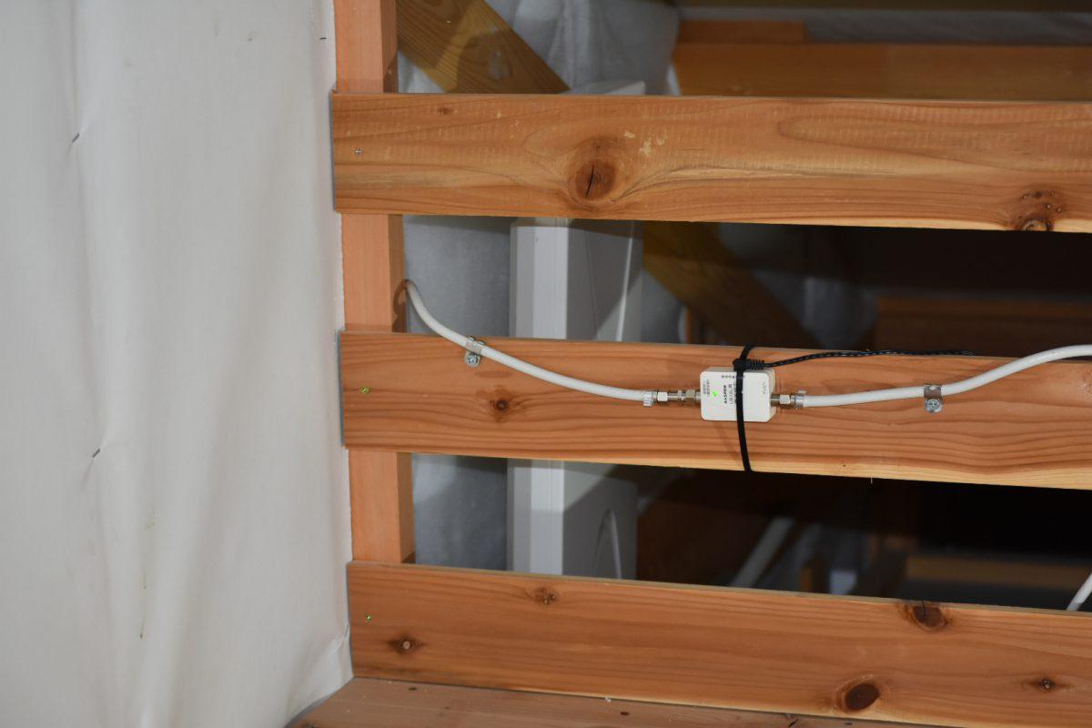 屋根裏の方が電波が良いときもある?!さいたま市見沼区のデザインアンテナ工事